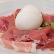 Prosciutto di Parma con mozzarella di bufala