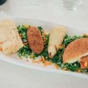 I fritti romani con supplì, fiore di zucca ripieno di mozzarella ed alici, mozzarella in carozza e baccalà